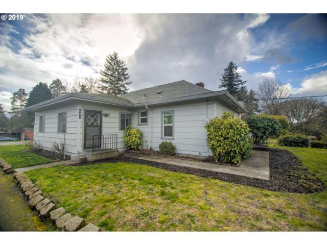 2928 SE Tacoma St, Portland, OR 97202 (MLS #19601518) :: The Sadle Home Selling Team