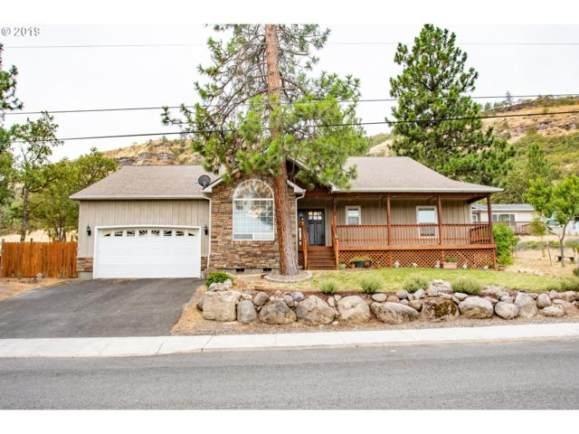 2512 W 13TH, The Dalles, OR 97058 (MLS #19606657) :: Townsend Jarvis Group Real Estate