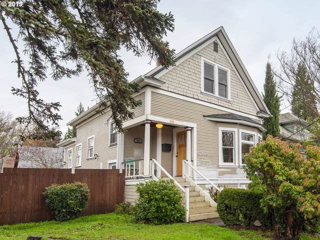 734 NE 28TH Ave, Portland, OR 97232 (MLS #19611449) :: McKillion Real Estate Group