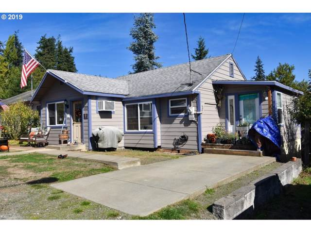 1023 18TH St, Myrtle Point, OR 97458 (MLS #19611977) :: Cano Real Estate