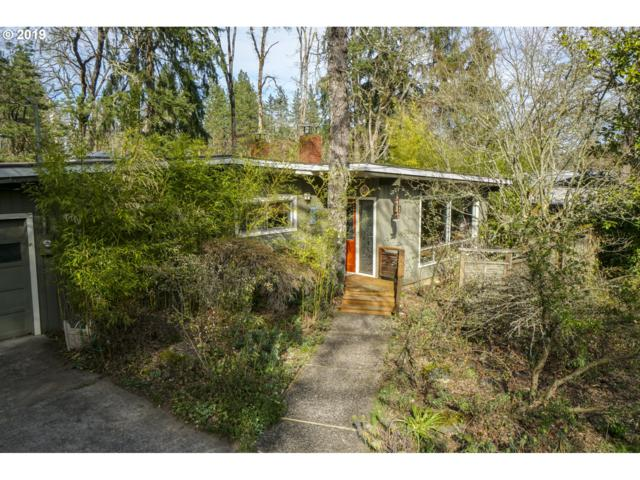 255 W 38TH Ave, Eugene, OR 97405 (MLS #19613995) :: Team Zebrowski