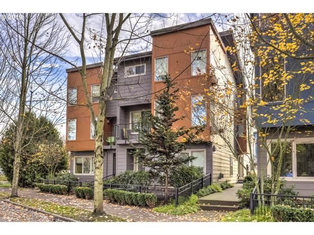 8522 N Central St 17-1, Portland, OR 97203 (MLS #19618990) :: Homehelper Consultants