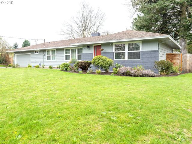 2031 NE 136TH Ave, Portland, OR 97230 (MLS #19619744) :: Next Home Realty Connection