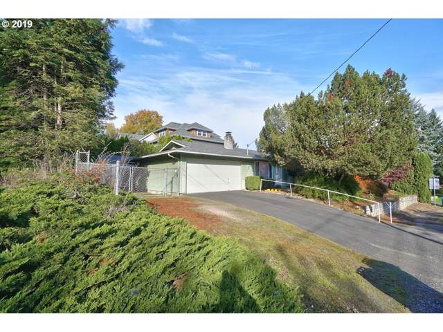 6759 SW 52ND Ave, Portland, OR 97219 (MLS #19620019) :: The Liu Group