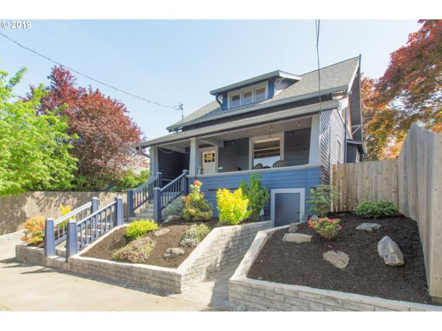 1806 SE Tacoma St, Portland, OR 97202 (MLS #19620907) :: The Sadle Home Selling Team