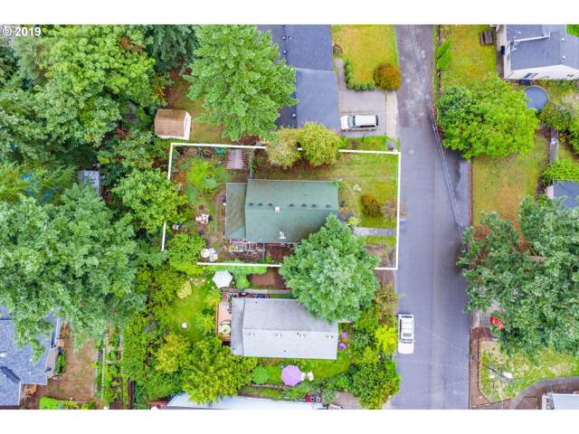 11761 SE Yamhill St, Portland, OR 97216 (MLS #19625234) :: Matin Real Estate Group