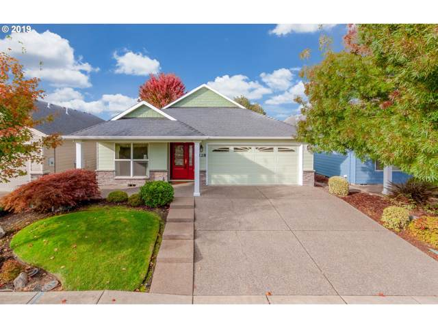 2128 Rhododendron Ave, Dallas, OR 97338 (MLS #19626948) :: Matin Real Estate Group
