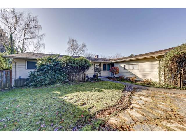 11038 SE Main St SE, Portland, OR 97216 (MLS #19628701) :: Next Home Realty Connection