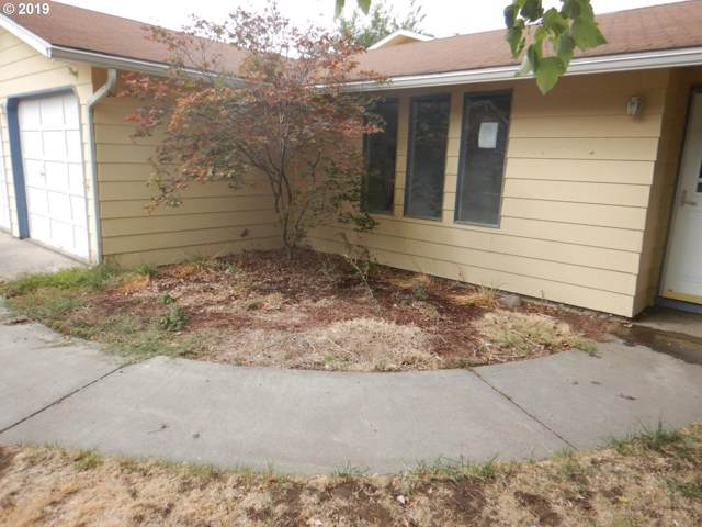 650 W Moore Ave, Hermiston, OR 97838 (MLS #19629458) :: Lucido Global Portland Vancouver