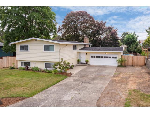 15137 SE El Camino Way, Milwaukie, OR 97267 (MLS #19634476) :: Fox Real Estate Group