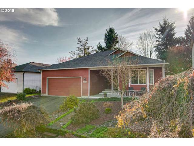 15901 NE 47TH St, Vancouver, WA 98682 (MLS #19635669) :: Gregory Home Team | Keller Williams Realty Mid-Willamette