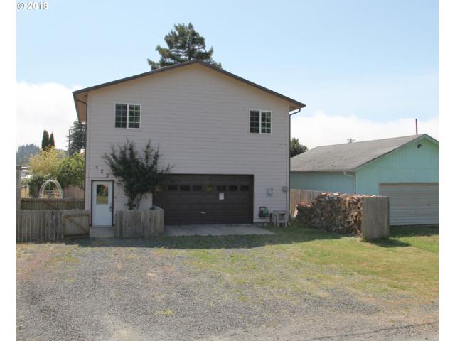 125 S 14TH St, Lakeside, OR 97449 (MLS #19637253) :: Townsend Jarvis Group Real Estate