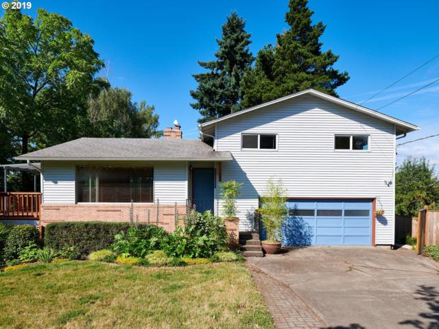 15571 SE Oatfield Rd, Milwaukie, OR 97267 (MLS #19638726) :: Next Home Realty Connection