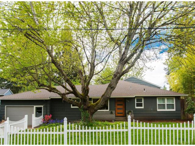 5325 SW 63RD Ave, Portland, OR 97221 (MLS #19639967) :: Next Home Realty Connection
