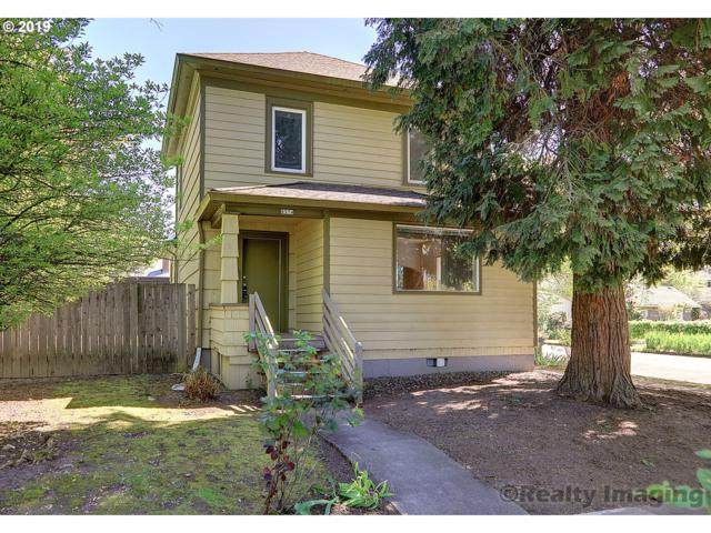 8334 SE 8TH Ave, Portland, OR 97202 (MLS #19641209) :: Townsend Jarvis Group Real Estate