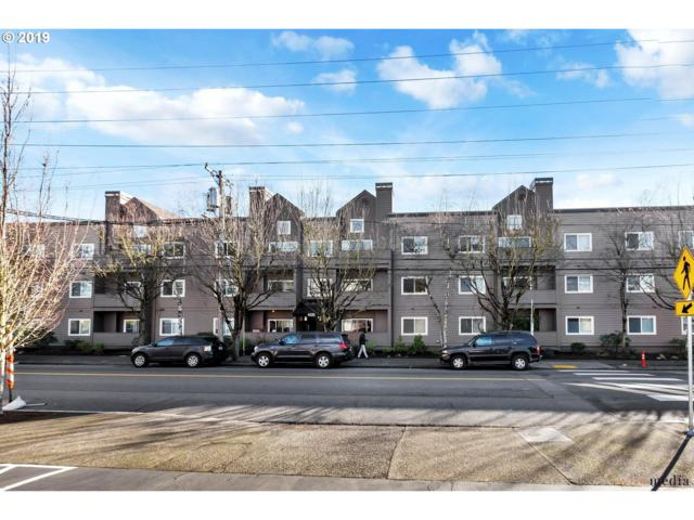 4320 SW Corbett Ave #302, Portland, OR 97239 (MLS #19642252) :: Change Realty