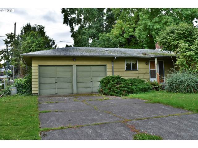10940 SE Cherry Blossom Dr, Portland, OR 97216 (MLS #19642469) :: Fox Real Estate Group