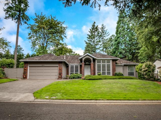 14211 Dolph Ct, Lake Oswego, OR 97034 (MLS #19645343) :: Premiere Property Group LLC