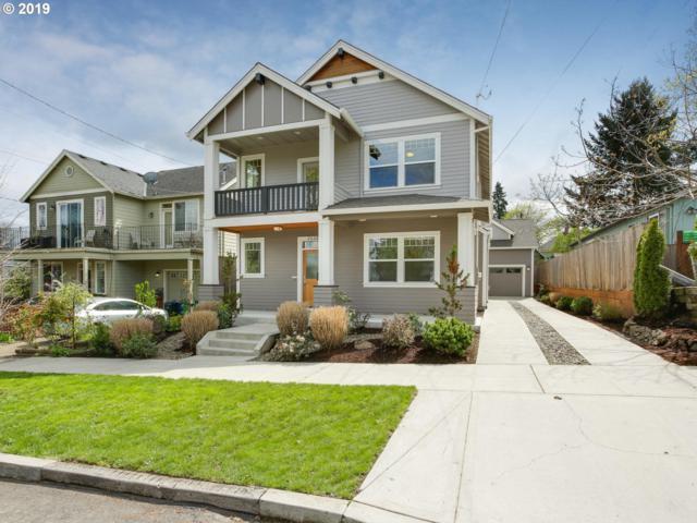 2026 SE Tenino St, Portland, OR 97202 (MLS #19646005) :: The Sadle Home Selling Team