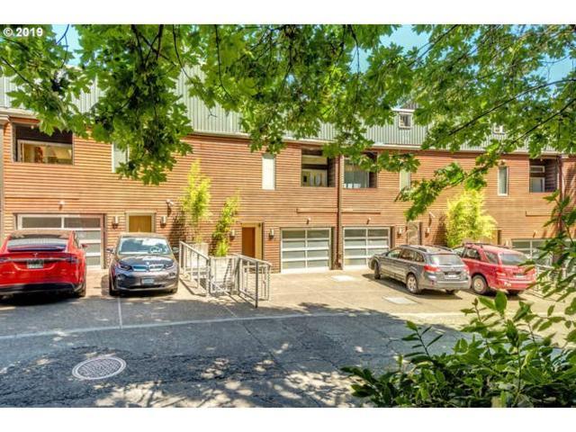 2216 SW Hoffman Ave, Portland, OR 97201 (MLS #19647314) :: TLK Group Properties