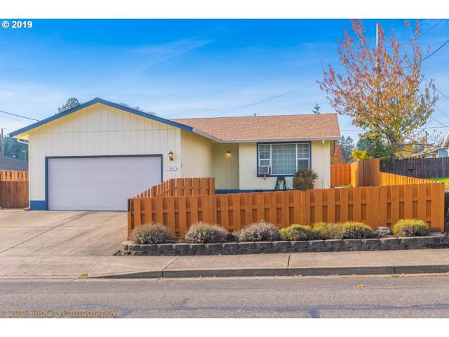 315 S 18TH St, St. Helens, OR 97051 (MLS #19651441) :: Change Realty