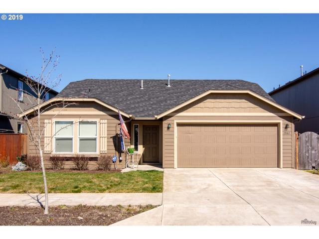 1861 Adelman Loop, Eugene, OR 97402 (MLS #19652604) :: Song Real Estate