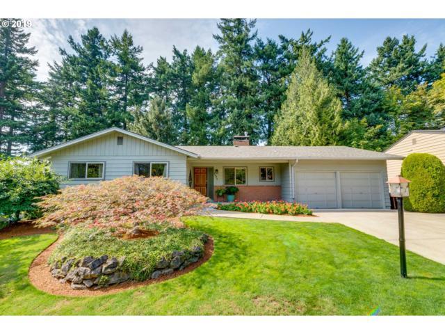 1795 SW Warwick Ave, Portland, OR 97225 (MLS #19653330) :: R&R Properties of Eugene LLC