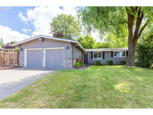13062 SW 63RD Pl, Portland, OR 97219 (MLS #19657671) :: Cano Real Estate