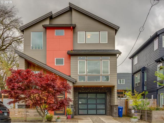 2080 SE Ivon St, Portland, OR 97202 (MLS #19657758) :: Song Real Estate