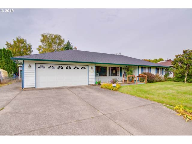 2142 Lewis River Rd, Woodland, WA 98674 (MLS #19659501) :: Townsend Jarvis Group Real Estate