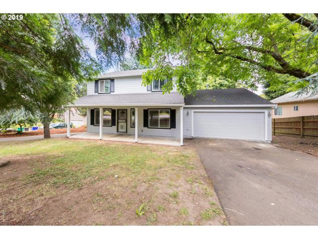 4825 NE Simpson St, Portland, OR 97218 (MLS #19661792) :: The Sadle Home Selling Team