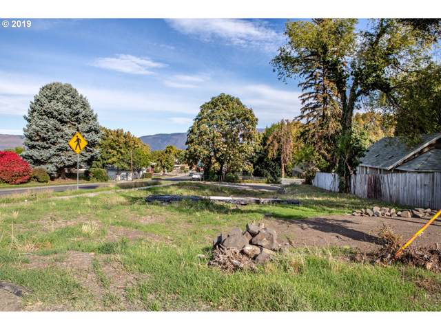 800 E 13TH, The Dalles, OR 97058 (MLS #19662961) :: Townsend Jarvis Group Real Estate