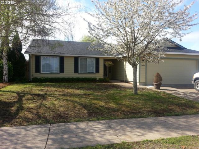 1404 Adelman Loop, Eugene, OR 97402 (MLS #19663437) :: Song Real Estate