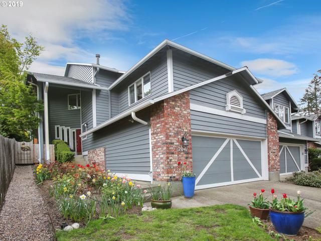 2041 Sunray Cir, West Linn, OR 97068 (MLS #19668571) :: McKillion Real Estate Group