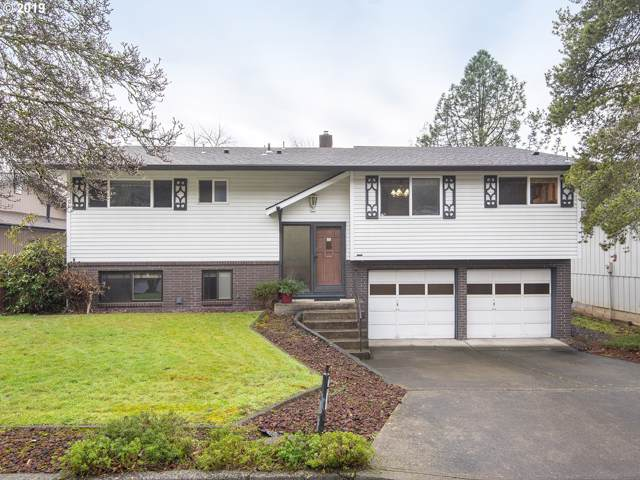 17725 Tims View Ave, Gladstone, OR 97027 (MLS #19671903) :: Townsend Jarvis Group Real Estate