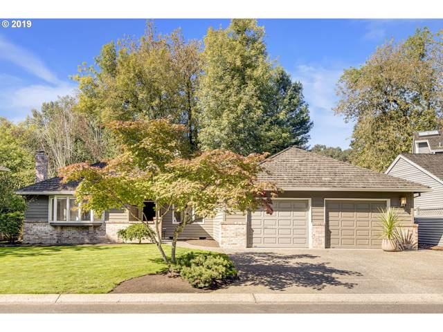 5685 Charles Cir, Lake Oswego, OR 97035 (MLS #19671930) :: Premiere Property Group LLC