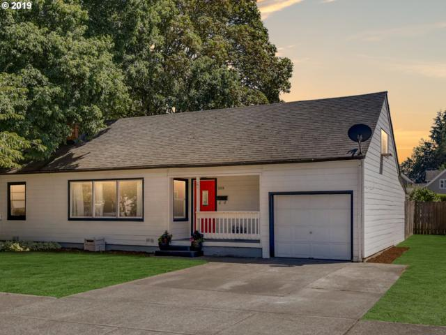 2634 17TH Ave, Forest Grove, OR 97116 (MLS #19676701) :: Change Realty