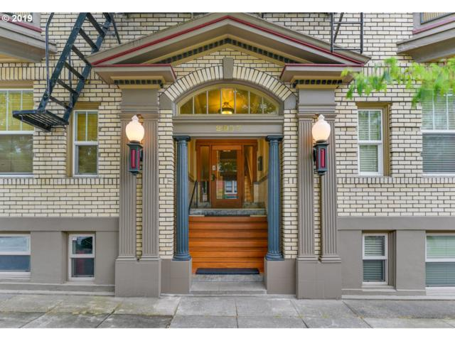 2087 NW Overton St #402, Portland, OR 97209 (MLS #19677630) :: Townsend Jarvis Group Real Estate