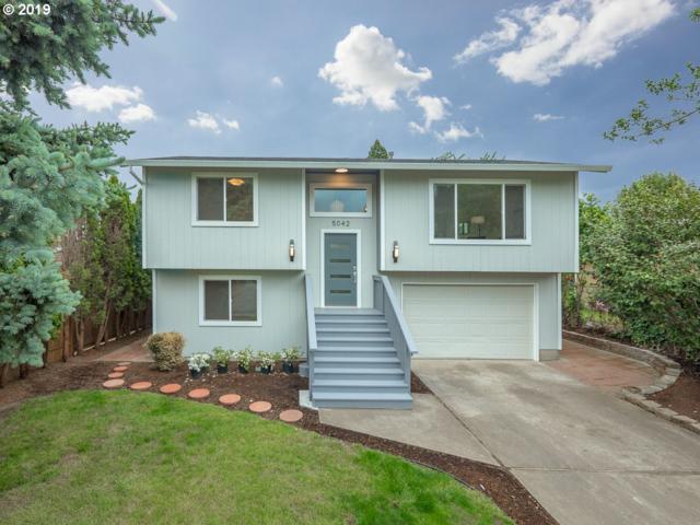 5042 NE Roselawn St, Portland, OR 97218 (MLS #19678605) :: Fox Real Estate Group