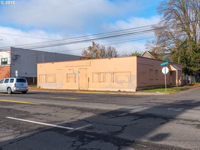 8827 SE Division St, Portland, OR 97266 (MLS #19678767) :: Cano Real Estate
