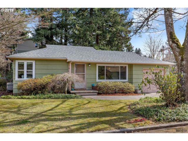 4010 SE 116TH Ave, Portland, OR 97266 (MLS #19682035) :: Portland Lifestyle Team