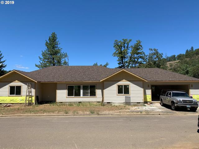 1766 NE Reagan Dr, Roseburg, OR 97470 (MLS #19683790) :: McKillion Real Estate Group