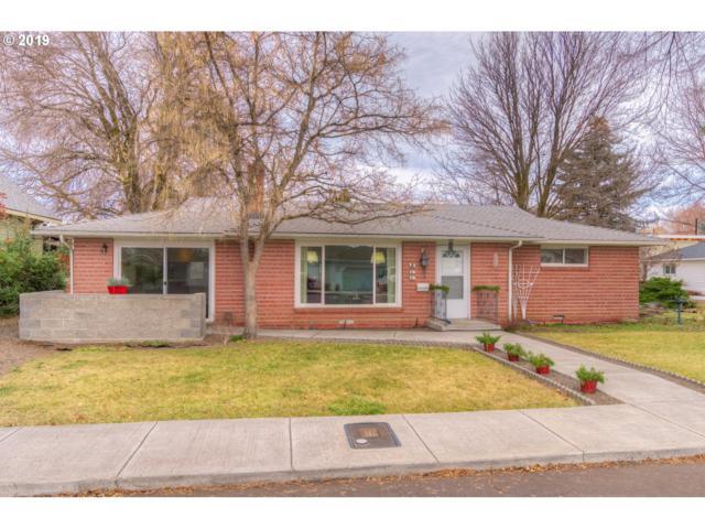 955 SE 2ND St, Prineville, OR 97754 (MLS #19683912) :: Premiere Property Group LLC