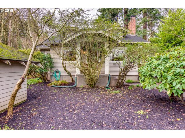 8841 SE 16TH Ave, Portland, OR 97202 (MLS #19684428) :: Hatch Homes Group