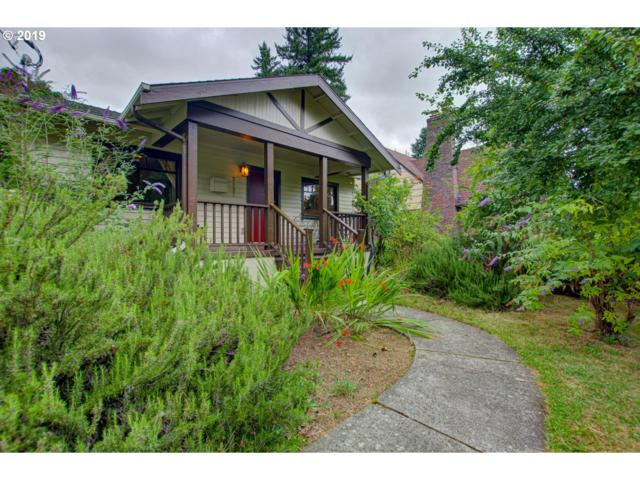 2127 NE Ainsworth St, Portland, OR 97211 (MLS #19685987) :: The Sadle Home Selling Team