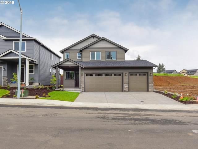 312 NE Regan Hill Loop, Estacada, OR 97023 (MLS #19687920) :: Cano Real Estate