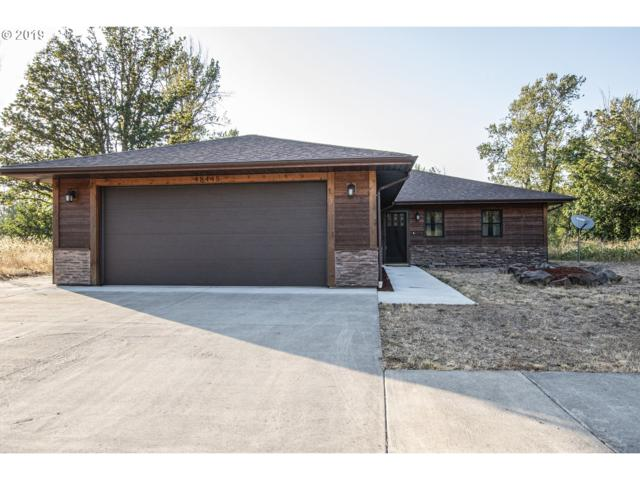 48445 Roaring Rapids Way, Oakridge, OR 97463 (MLS #19690116) :: McKillion Real Estate Group