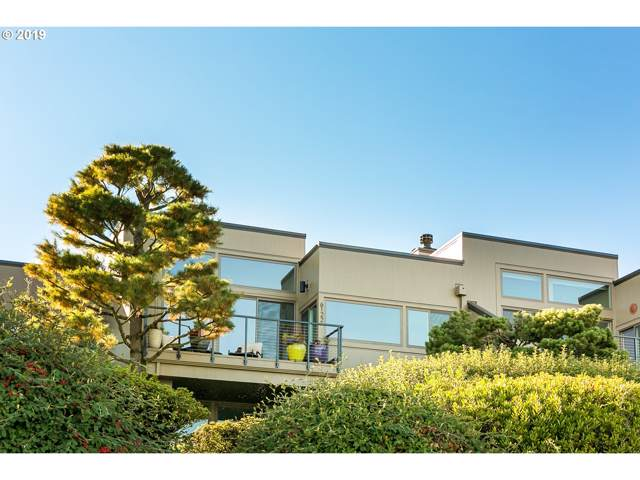 6122 SW Riverpoint Ln #17, Portland, OR 97239 (MLS #19691154) :: The Liu Group