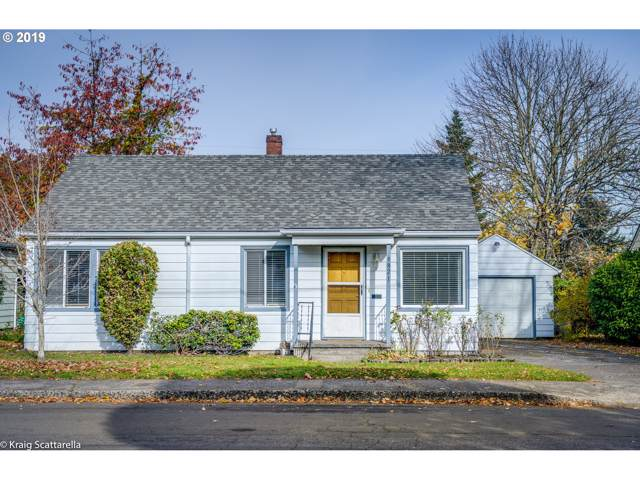 9321 SE Salmon St, Portland, OR 97216 (MLS #19691628) :: The Liu Group