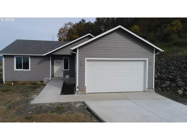 800 Forest Heights St, Sutherlin, OR 97479 (MLS #19691861) :: Townsend Jarvis Group Real Estate